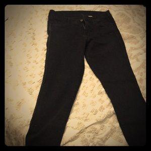 Never worn classic black jean